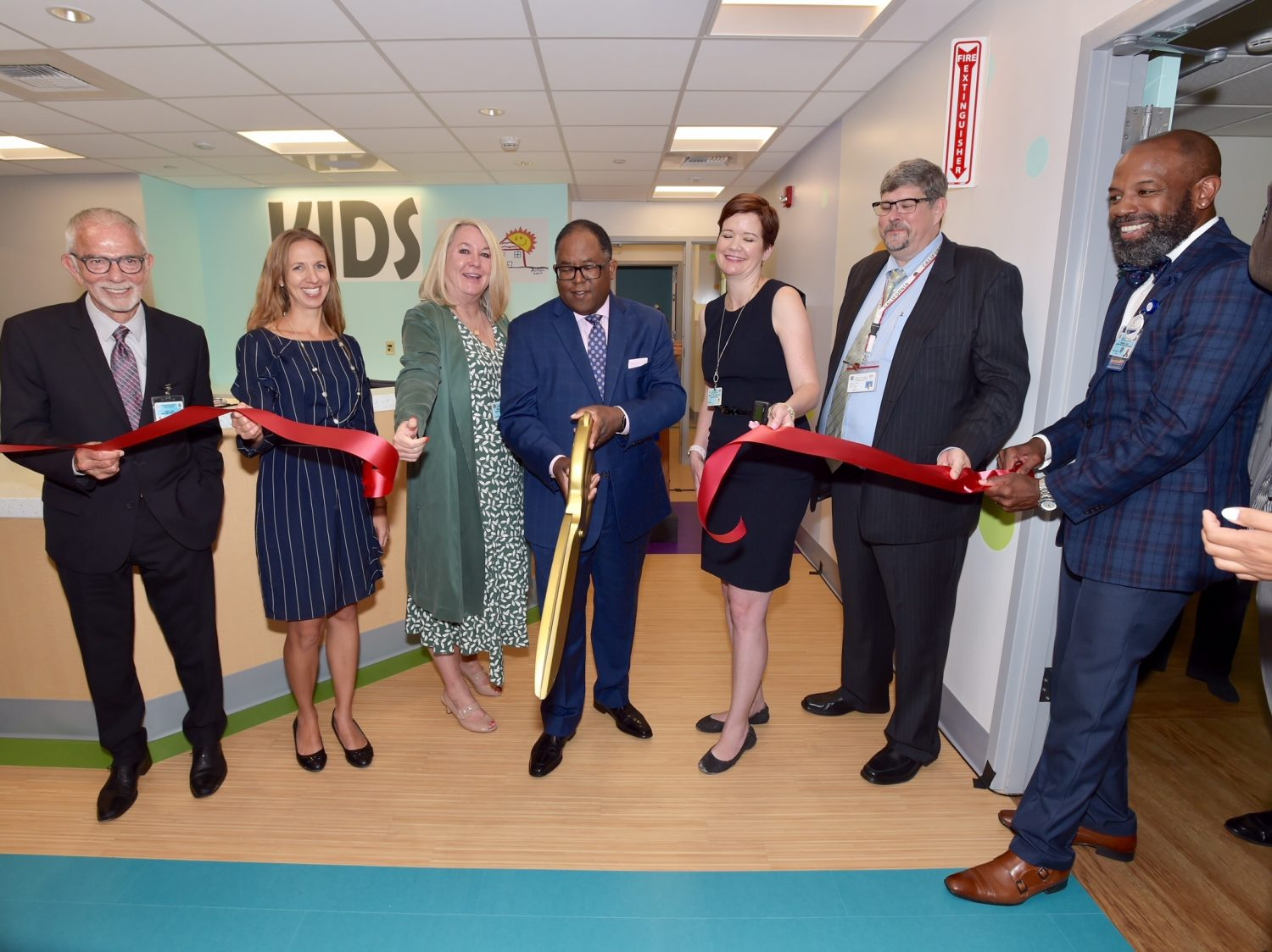 Ribbon Cutting for Harbor UCLA Medical Center Kids Hub